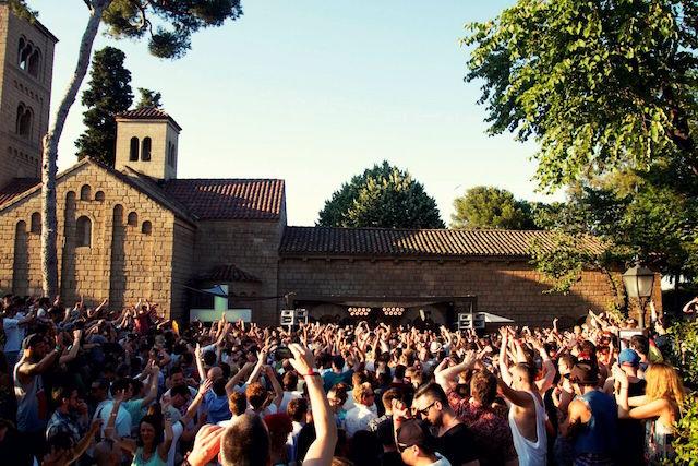 El Monasterio, antigo mosteiro que é cenário de diversas festas da OFF WEEK.