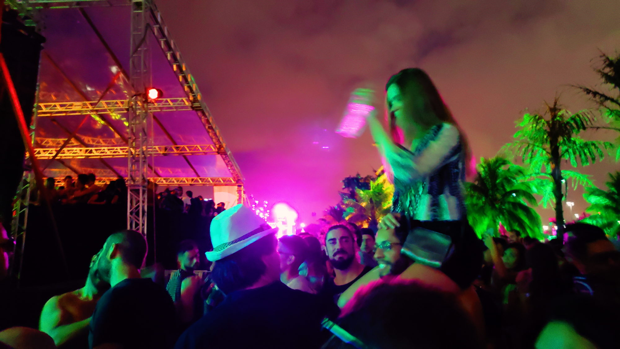 Review: A harmoniosa união de tribos no necessário Bunker Festival