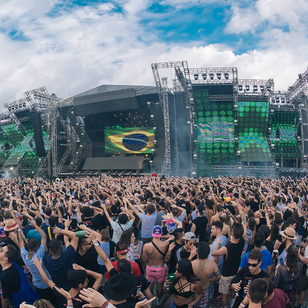 Raios, apagões e um show de ativações de marcas – Como foi o Lollapalooza 2019