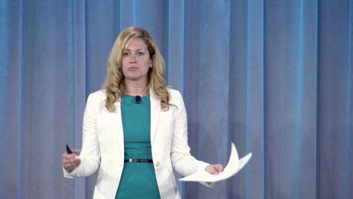 Kate Brandt, palestrante do Web Summit 2019