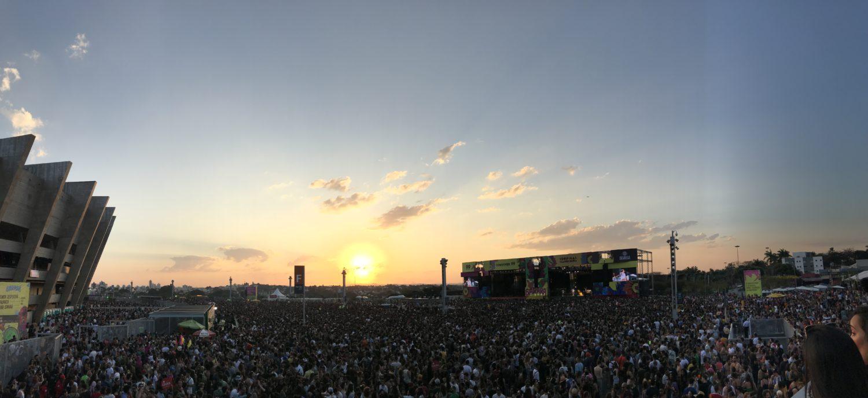 Festival Sarará lota a Esplanada do Mineirão numa tarde de respeito, amor e diversidade
