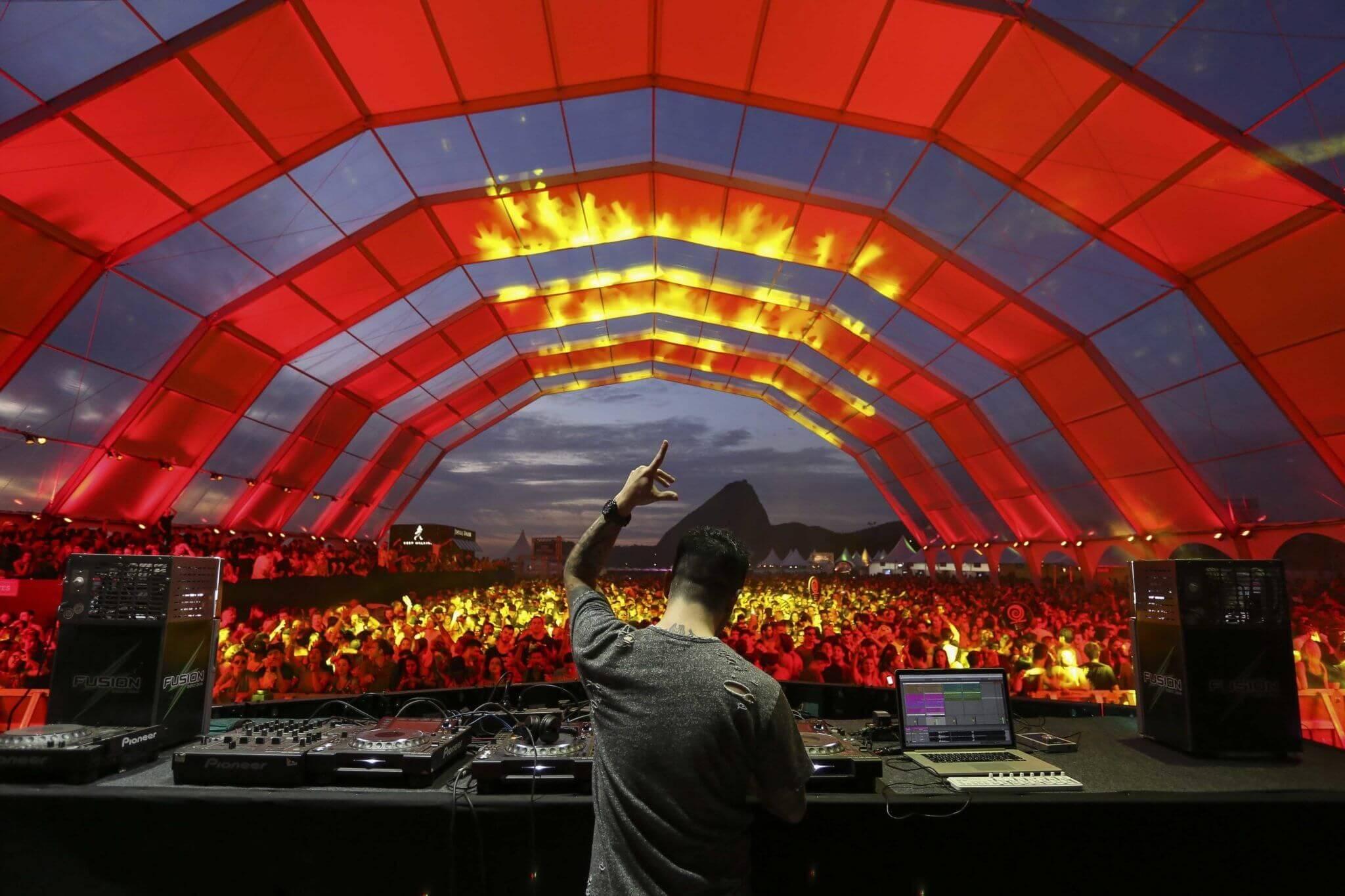 Tudo nosso! 12 festivais eletrônicos do Carnaval 2020